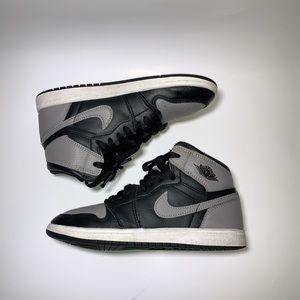 Jordan 1 shadow